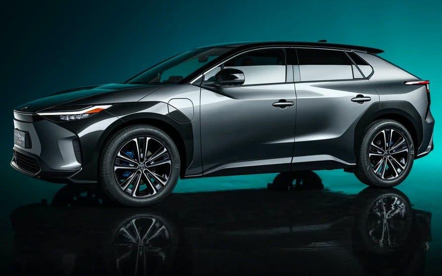 La imagen tiene un atributo ALT vacío; su nombre de archivo es Toyota.jpg